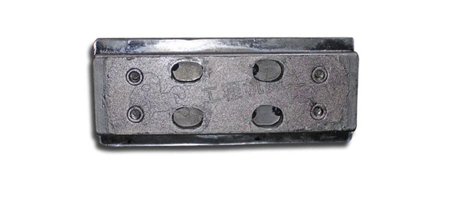 华通SPSE90摊铺机履带板双孔胶块