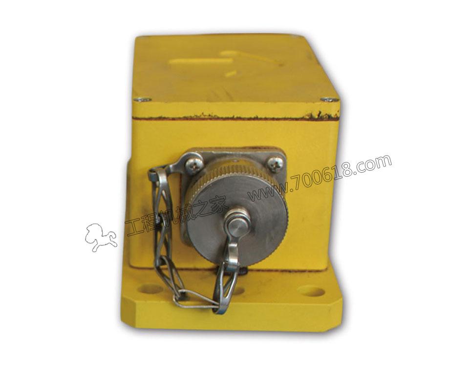 ABG820摊铺机平衡梁控制器