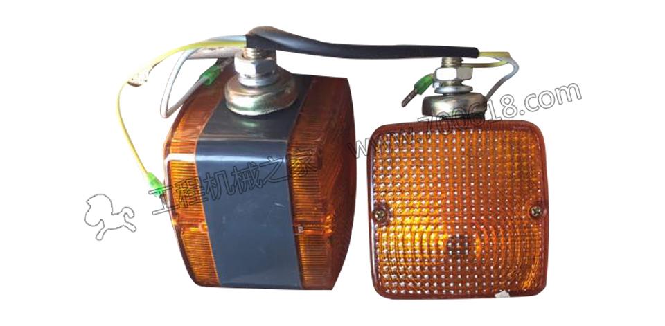 厦工XG6231M-I压路机转向灯